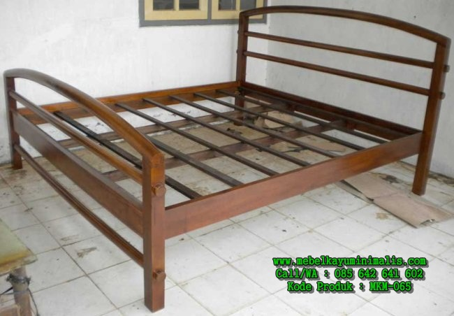 Dipan Kayu Jati Minimalis Lengkung MKM-065