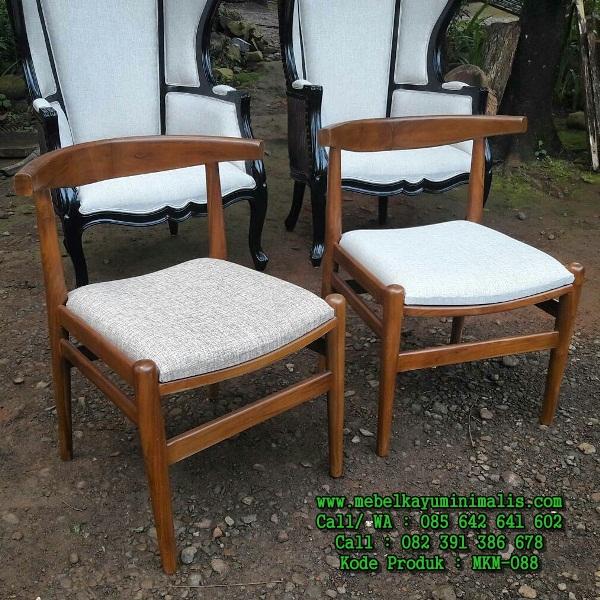 Kursi Kayu Jati Kafe Minimalis Busa MKM-088