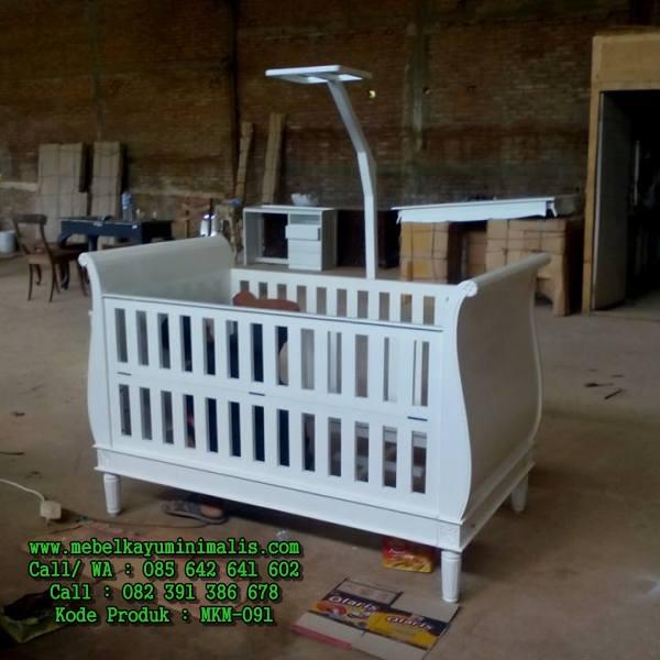 Tempat Tidur Bayi Minimalis Putih MKM-091