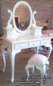 Meja Cermin Rias Kartini Putih Duco