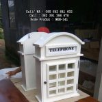 Tempat Pajangan Model Telepon Eropa