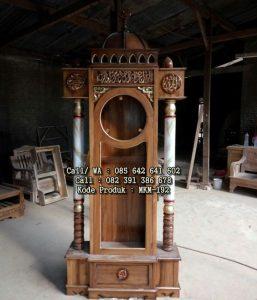 Lemari Jam Hias Model Kubah Masjid