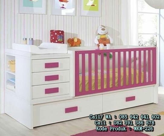 Set Tempat Tidur Bayi Dan Lemari Pakaian Bayi