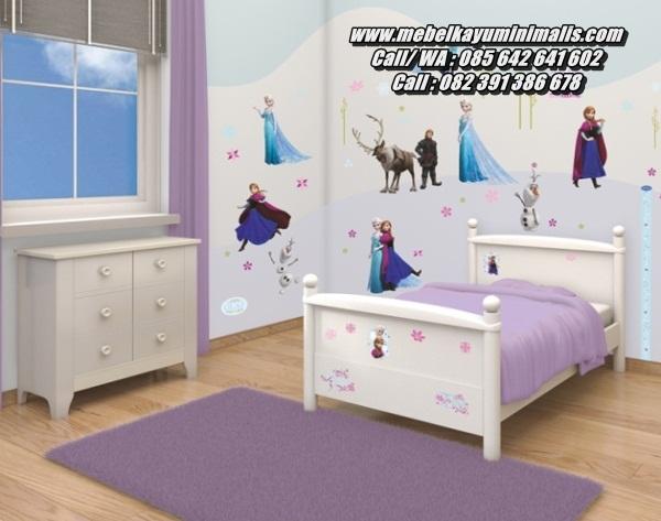 Tempat Tidur Anak Kayu Sederhana